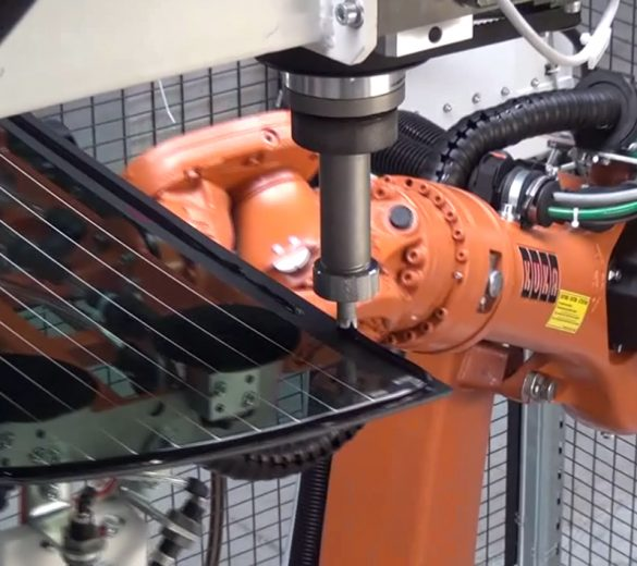 Gluing robot - robotic bonding of carried parts - GEBE2