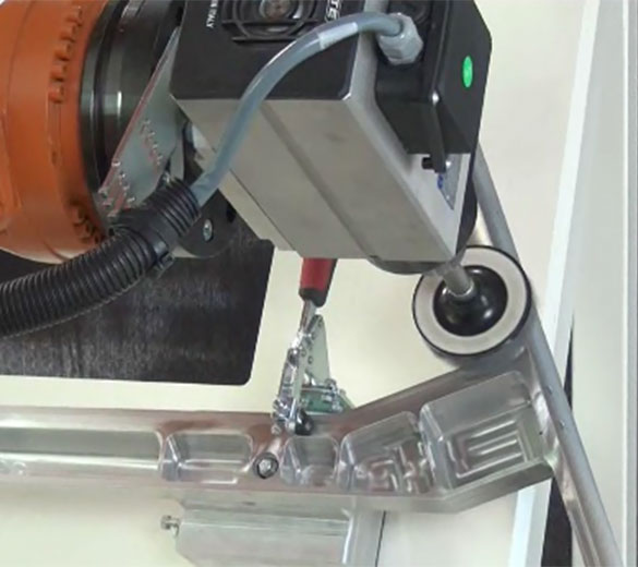 Ebavurage rayonnage robotisé aluminium - GEBE2